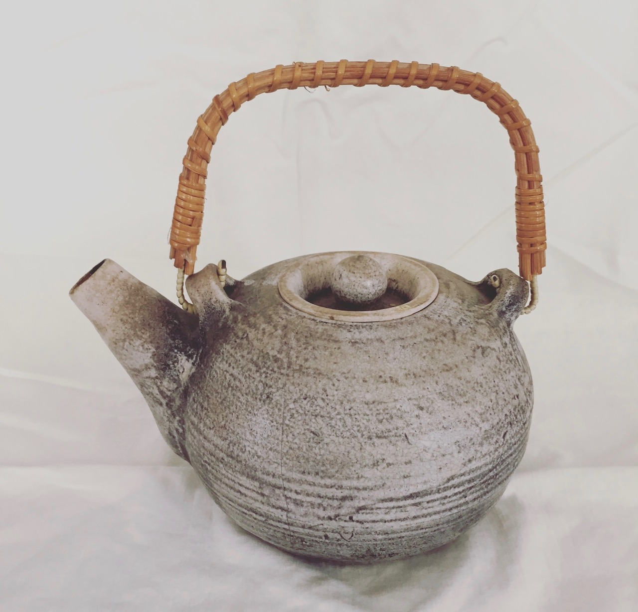 "White Crackle Teapot, Stoneware, 3"" x 6"""